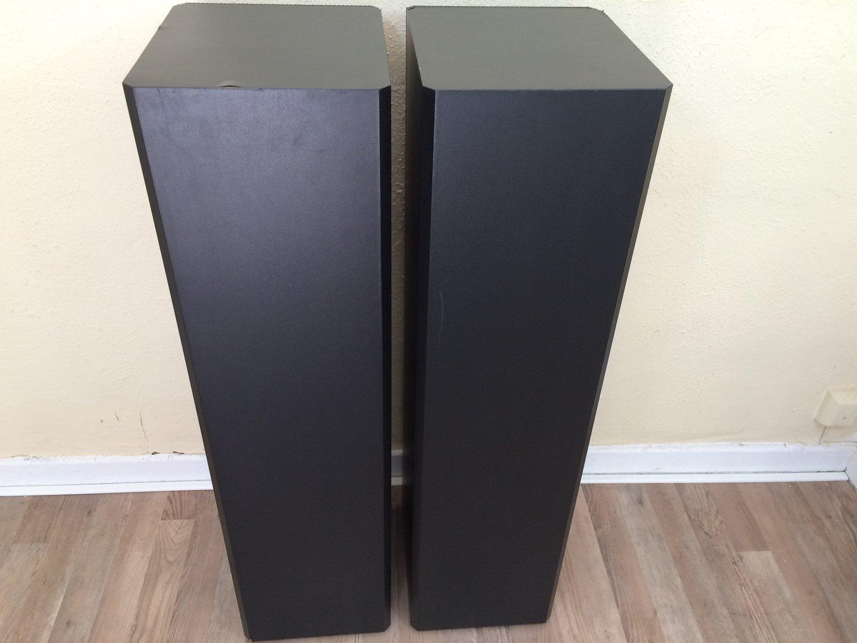 lautsprecher braun atelier hifi m10 sehr gut schwarz. Black Bedroom Furniture Sets. Home Design Ideas