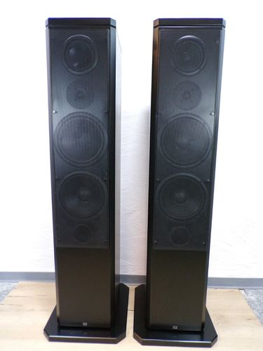 T+A high end column speakers TAS1500E, black, very good condition, 1964