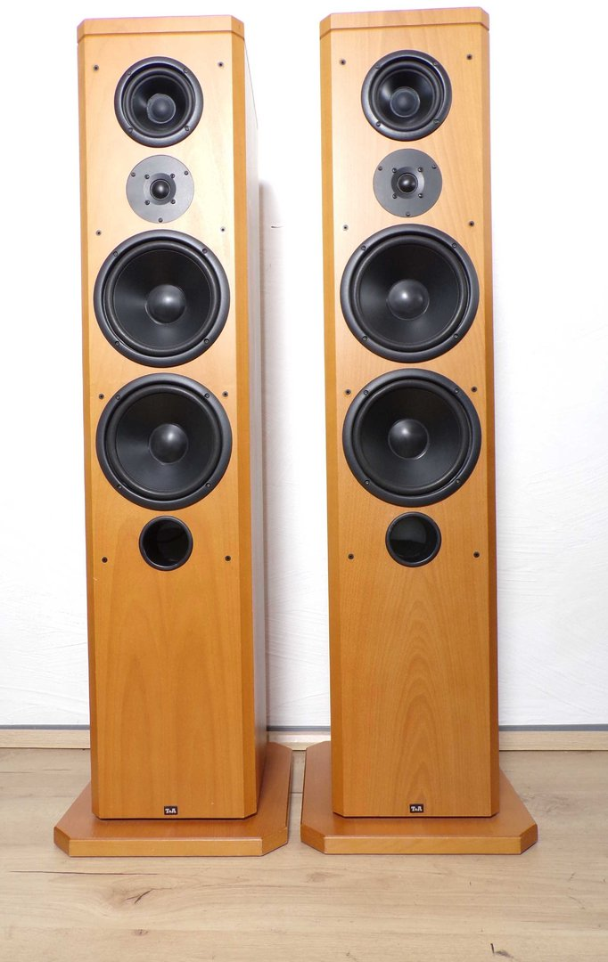 High End Speakers >> T A High End Speakers Tas1500e Wooden Good Condition 0728 00386 2675