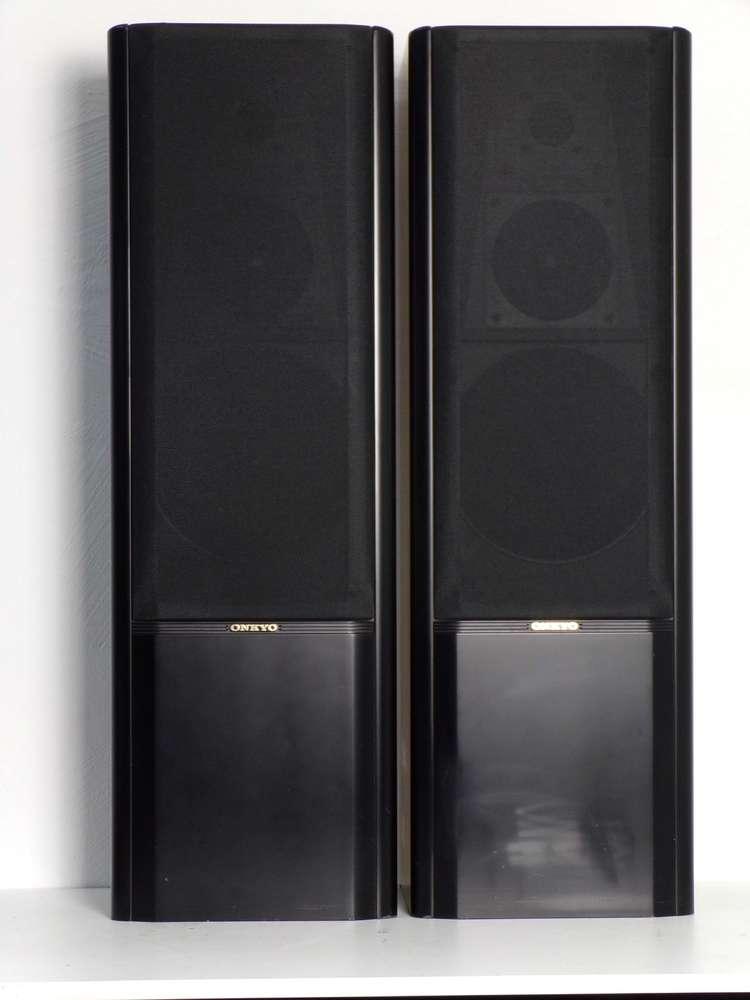Onkyo SC-670, black, good condition