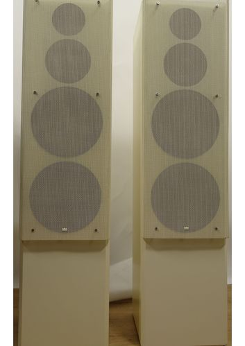 Speakers Braun Atelier HiFi LS150, white, very good condition, 4927/14994